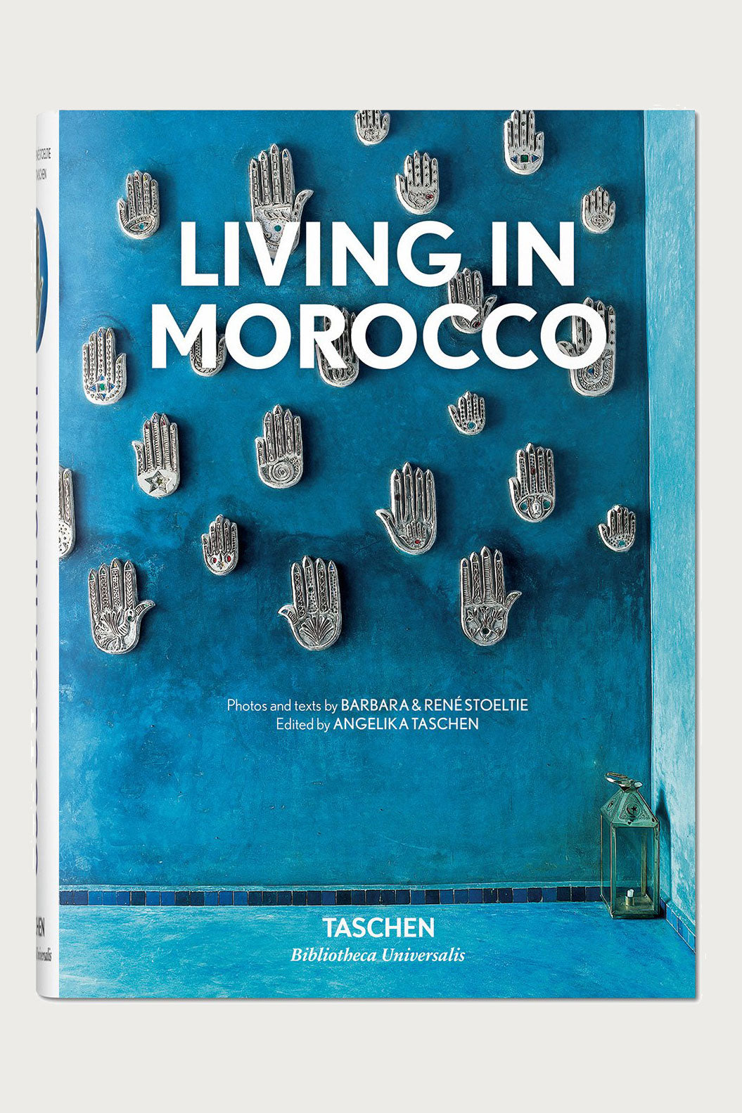 Living in Morocco Hardcover