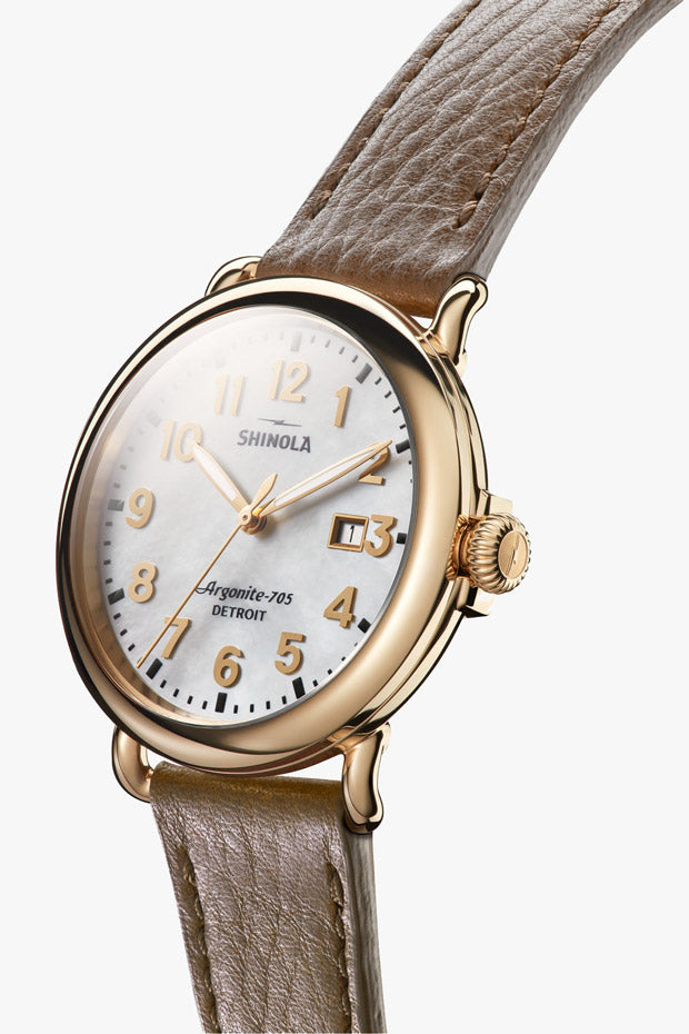 Runwell 3HD 41mm in Mother of Pearl & Walnut