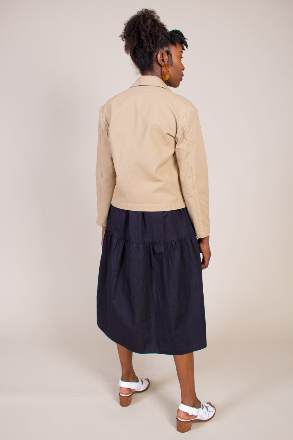 Grei Sack Pocket Ivy Jacket in Khaki - Vert & Vogue