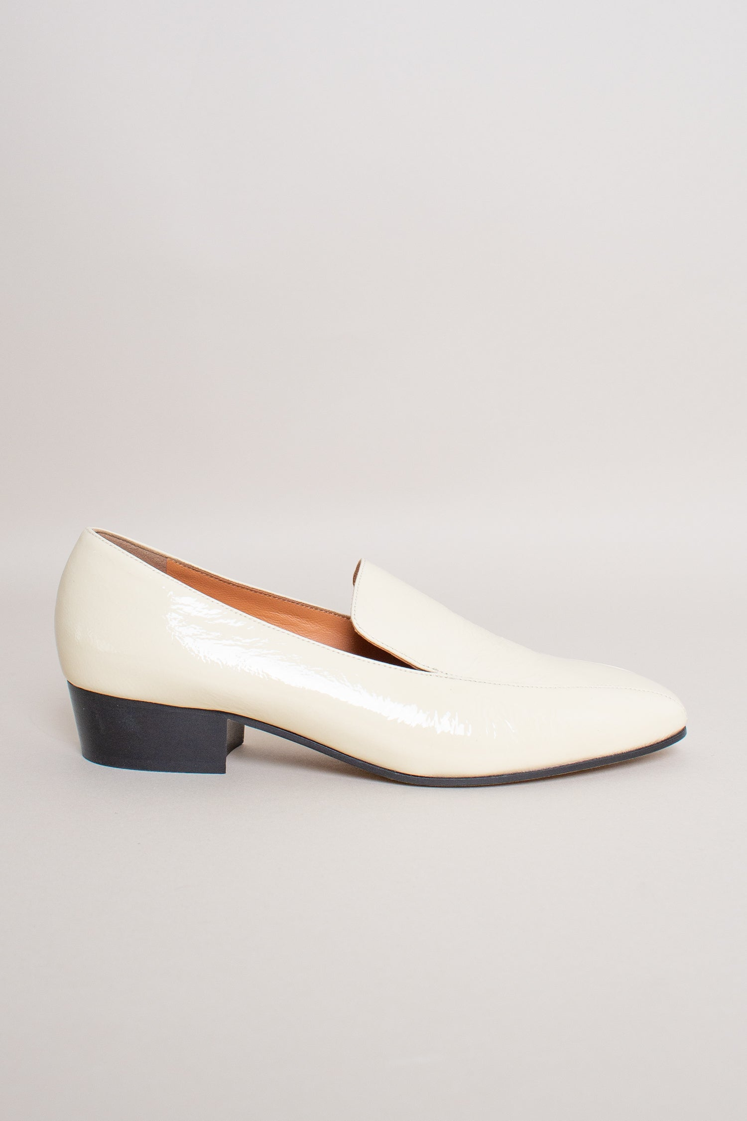 Rachel Comey Cheater Flat in Cream - Vert & Vogue