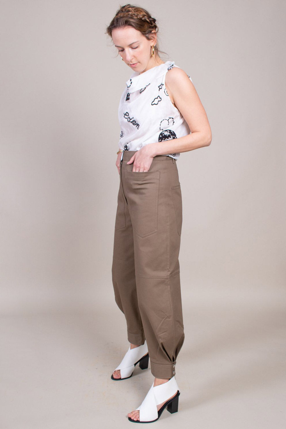 Myriam Twill Sculpted Pant in Utility Brown