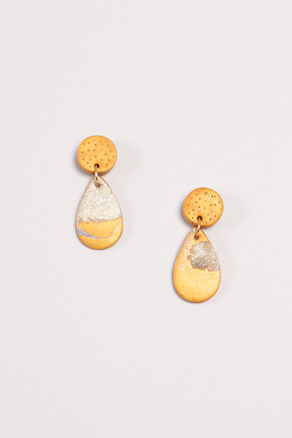 Small Liv Earrings in Gold