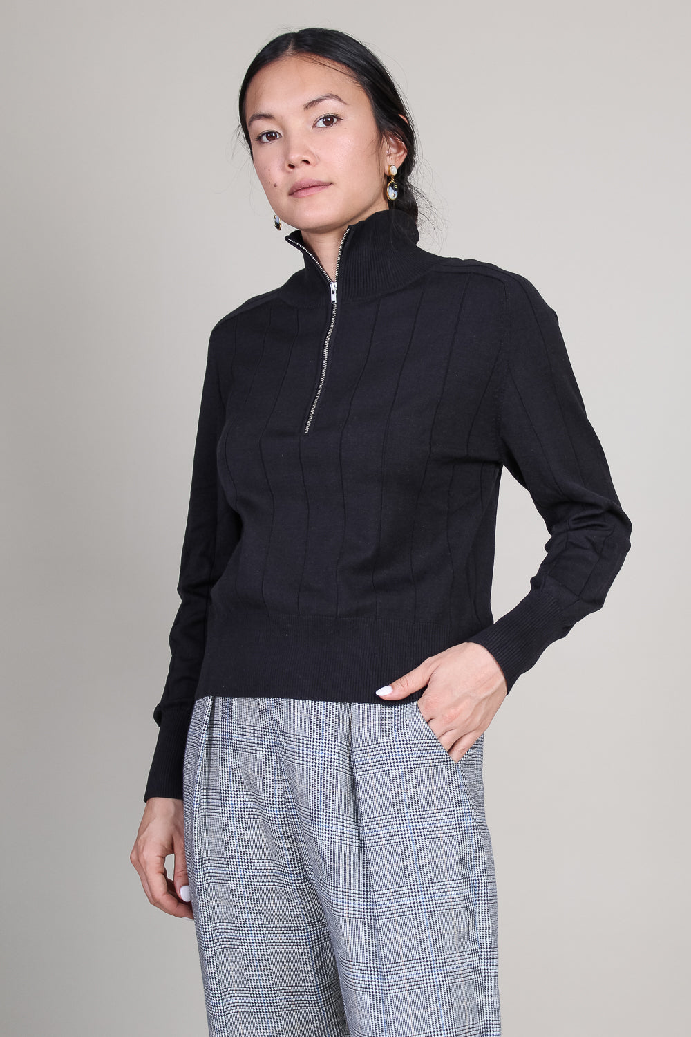 Octave Pullover in Black