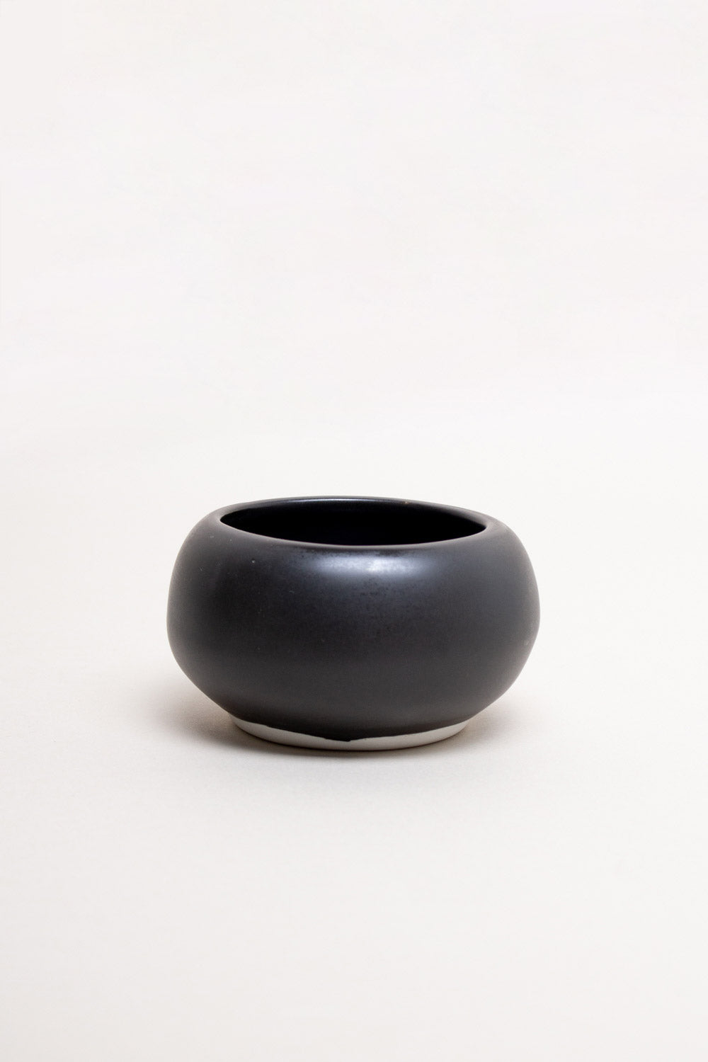 Nara Small Bowl in Black