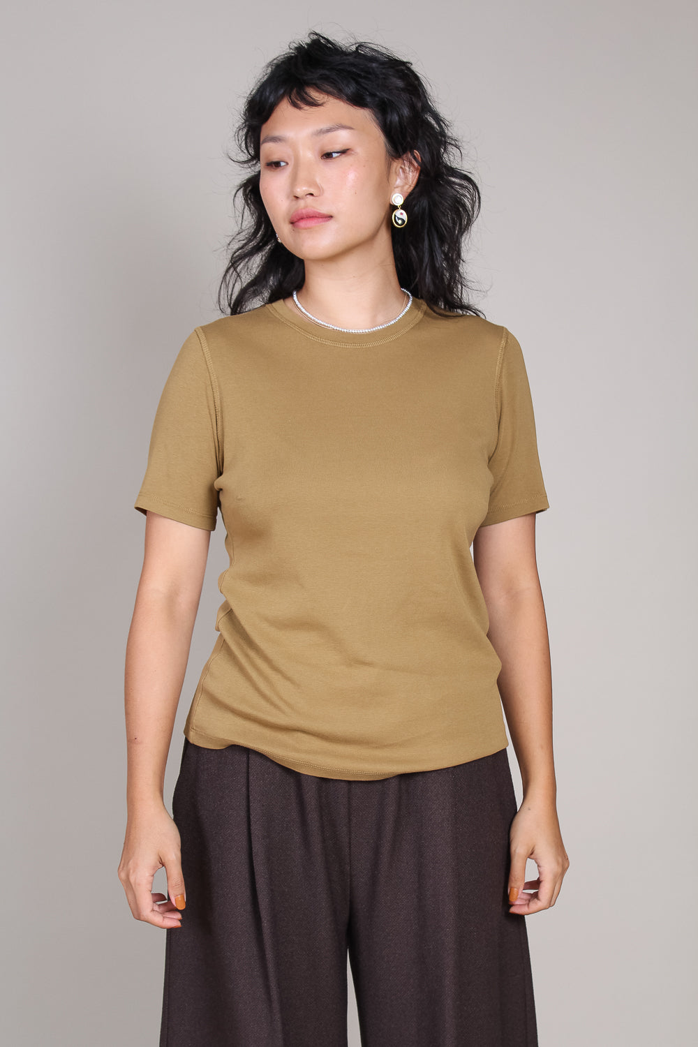 Slim Tee in Golden