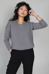 V Neck Pullover in Otter Gray
