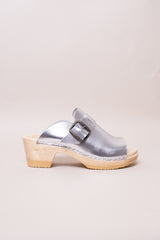 No.6 Riley Open Toe Clog on Mid Heel in Silver - Vert & Vogue