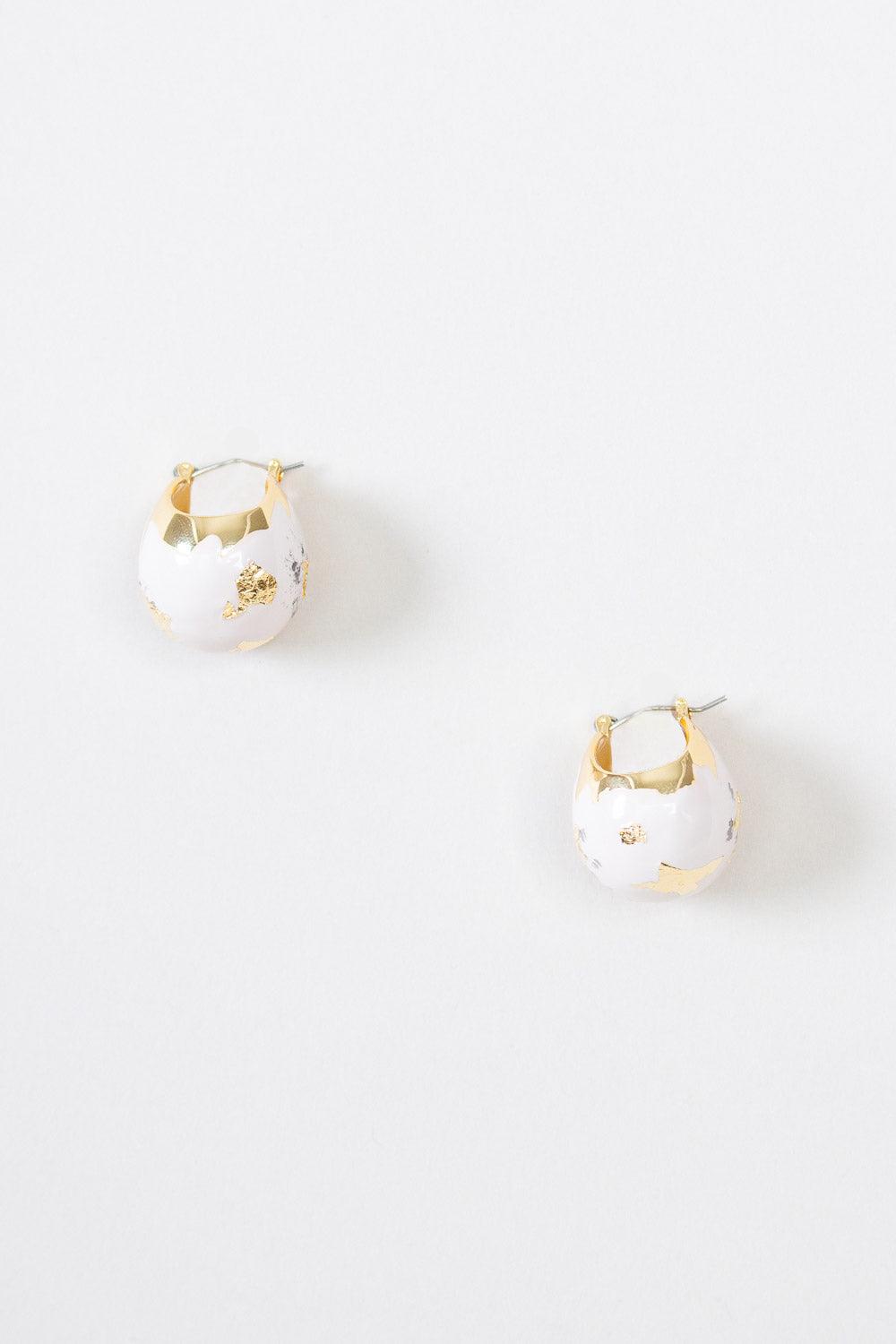 Enamel Keel Earring in Gold/Pale Blush