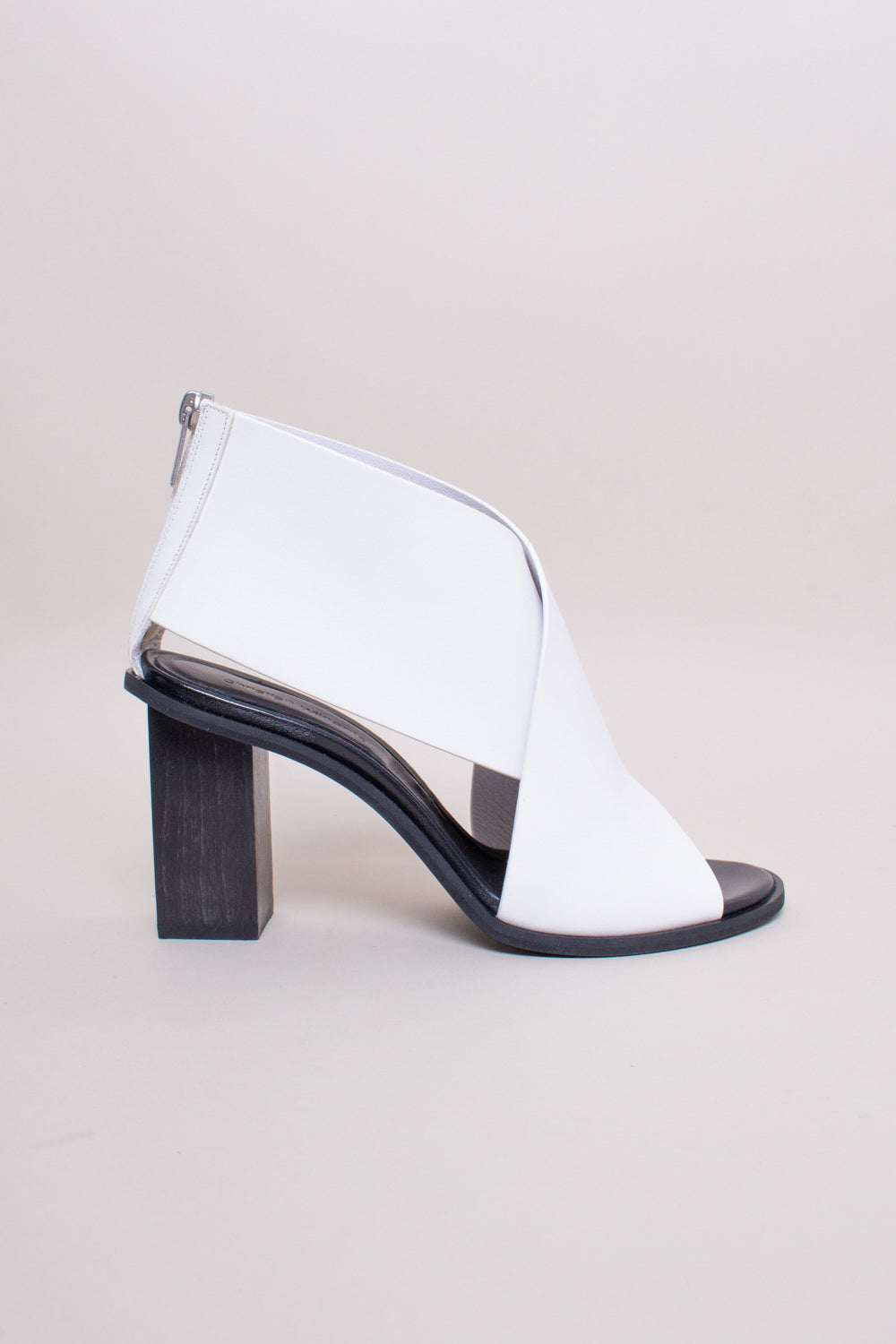 Ante Low Heel in Off White