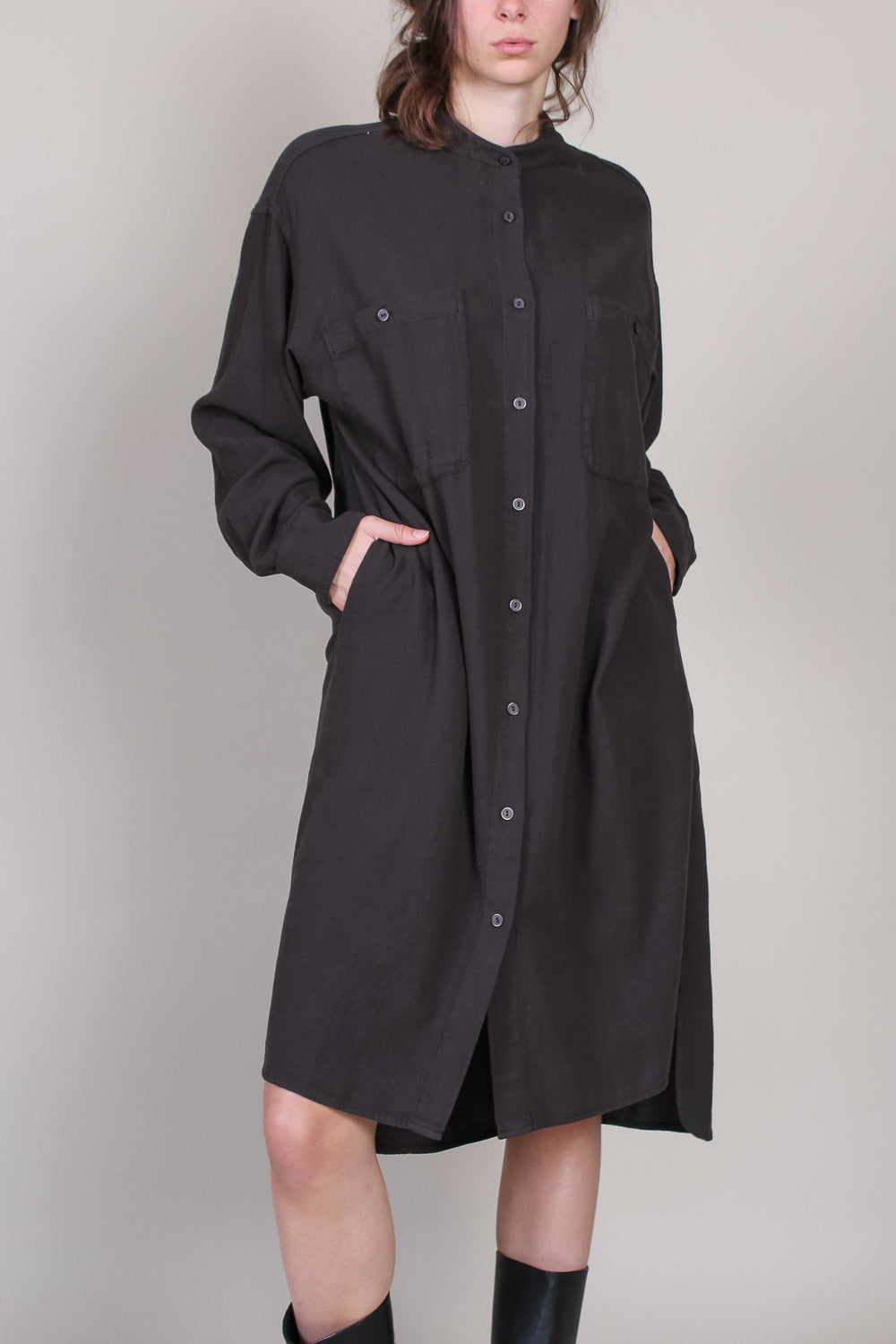 Meca Dress in Dark Grey