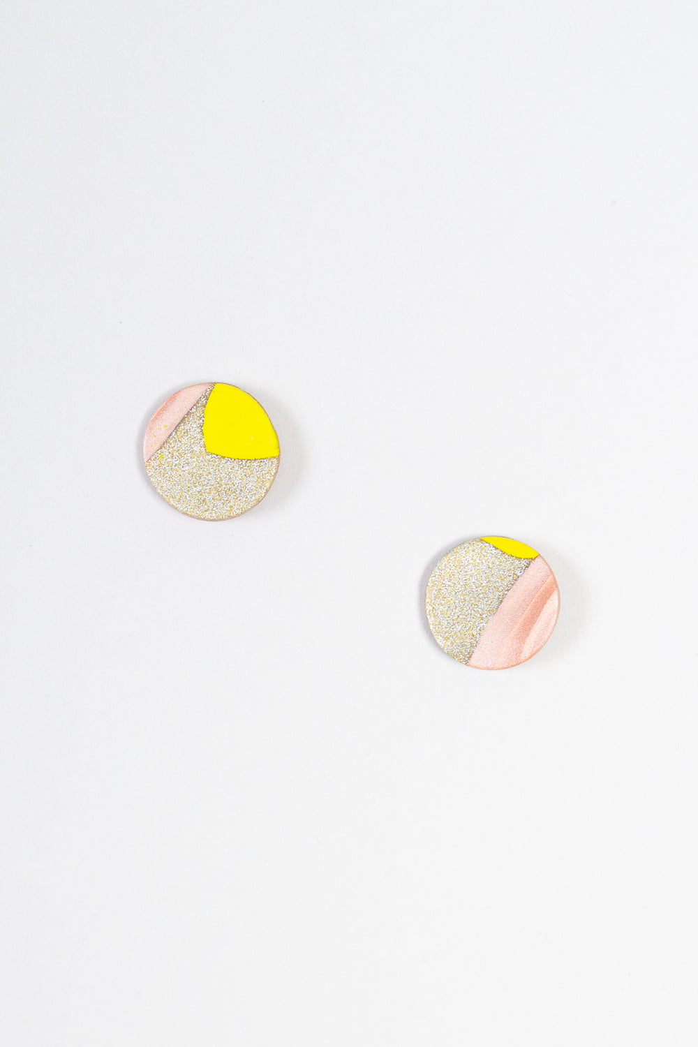 Moon Earrings in Gold Lime