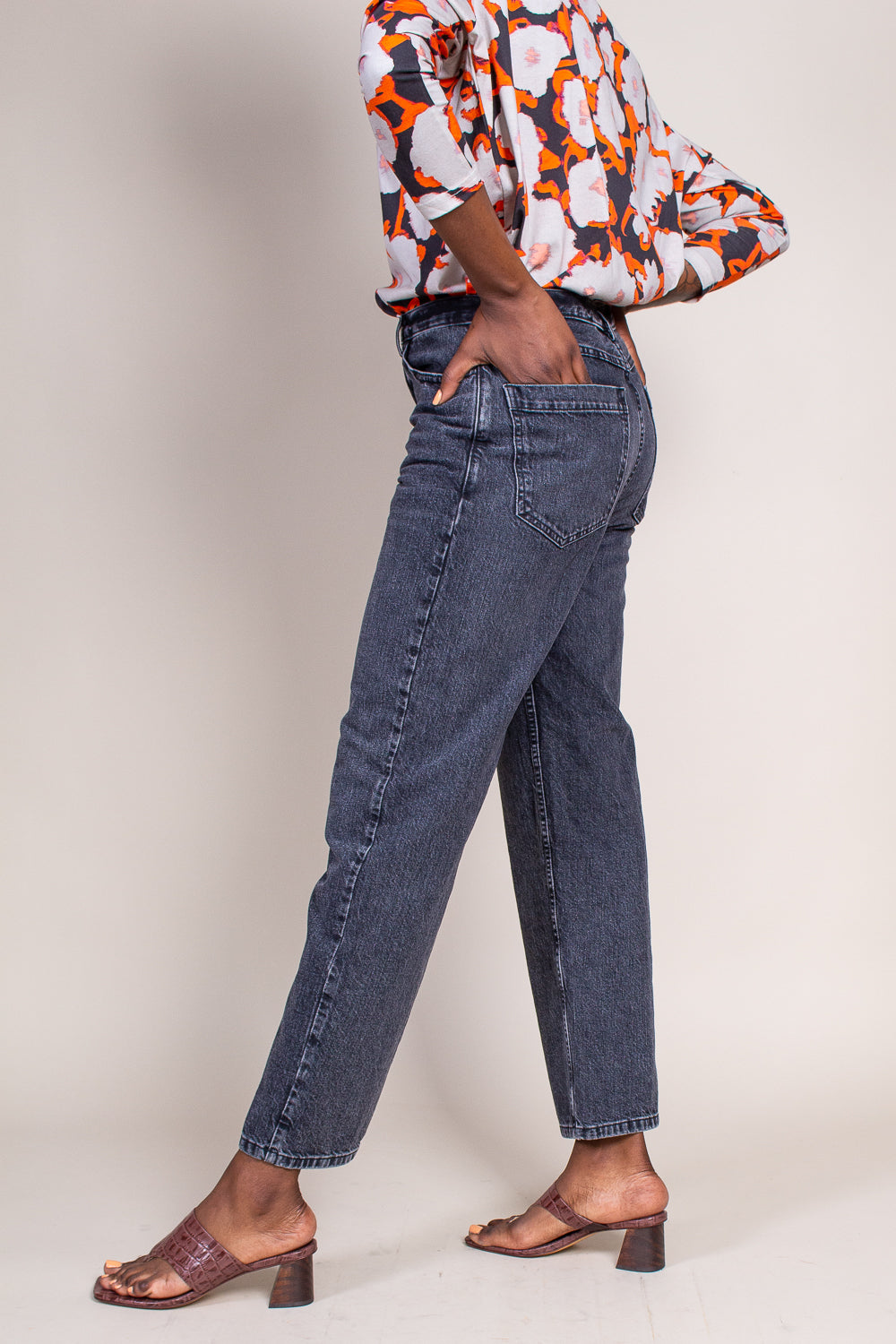 Pennon Pant in Washed Black