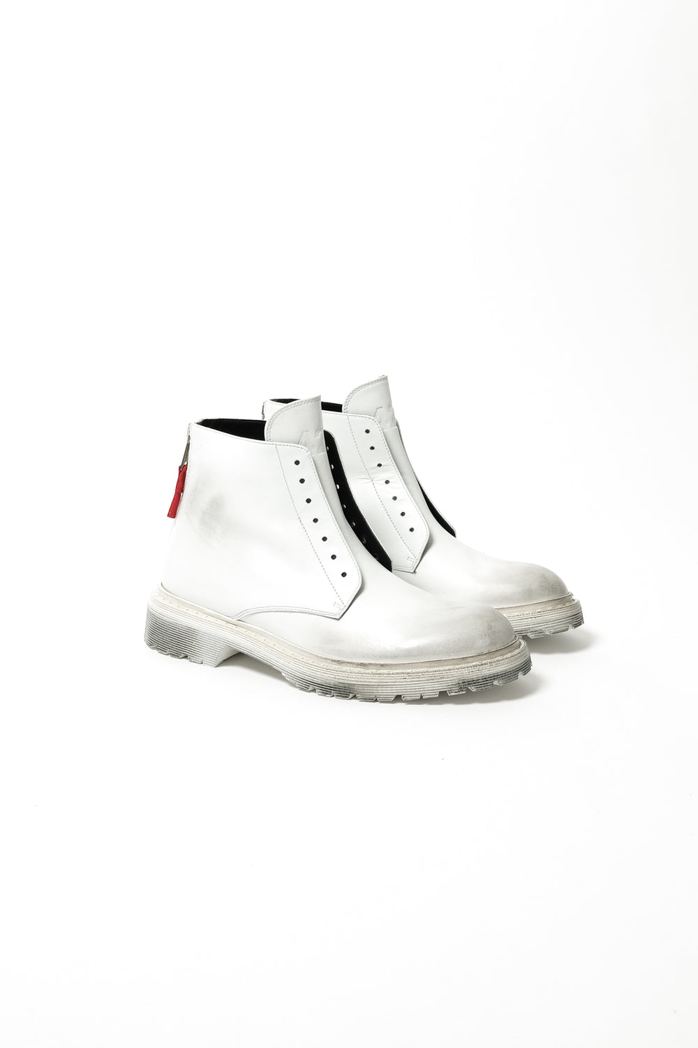 424 High Top Distressed Lace Less Boots In White