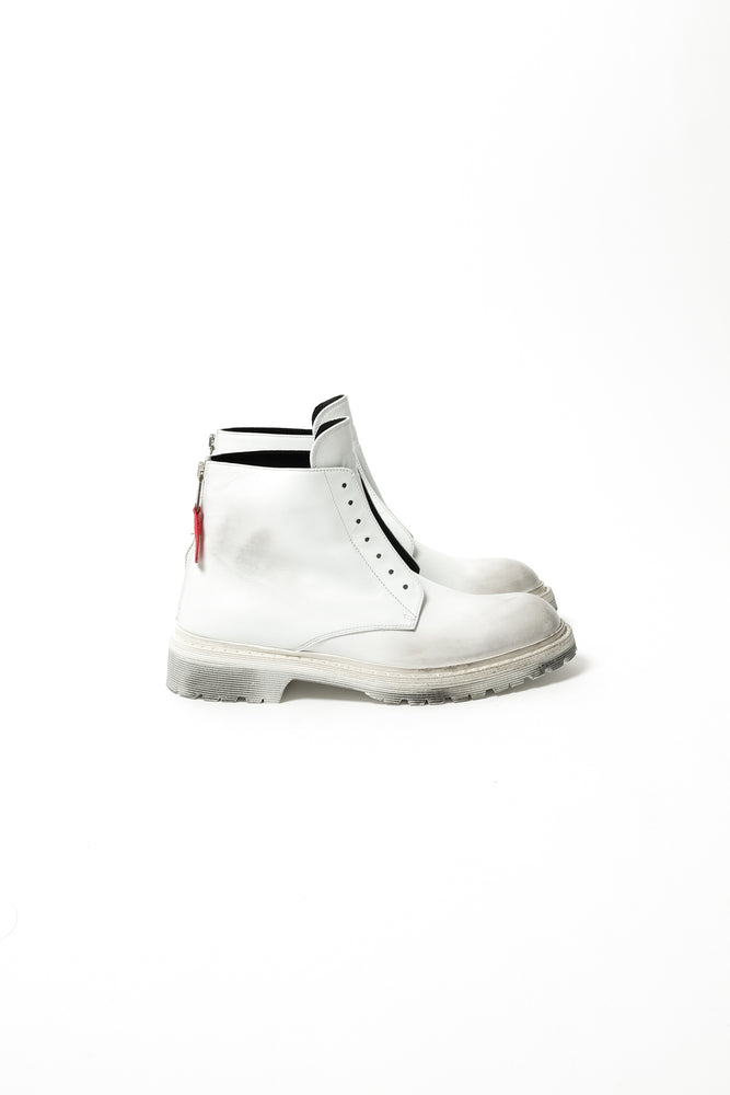 424 High Top Distressed Lace Less Boots In White - CNTRBND
