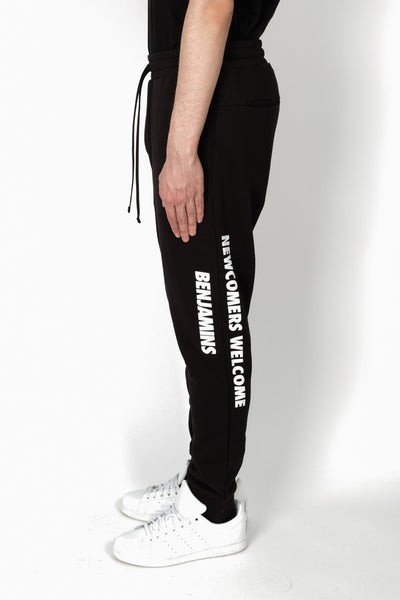 Les Benjamins Anatjari Sweatpants In Black
