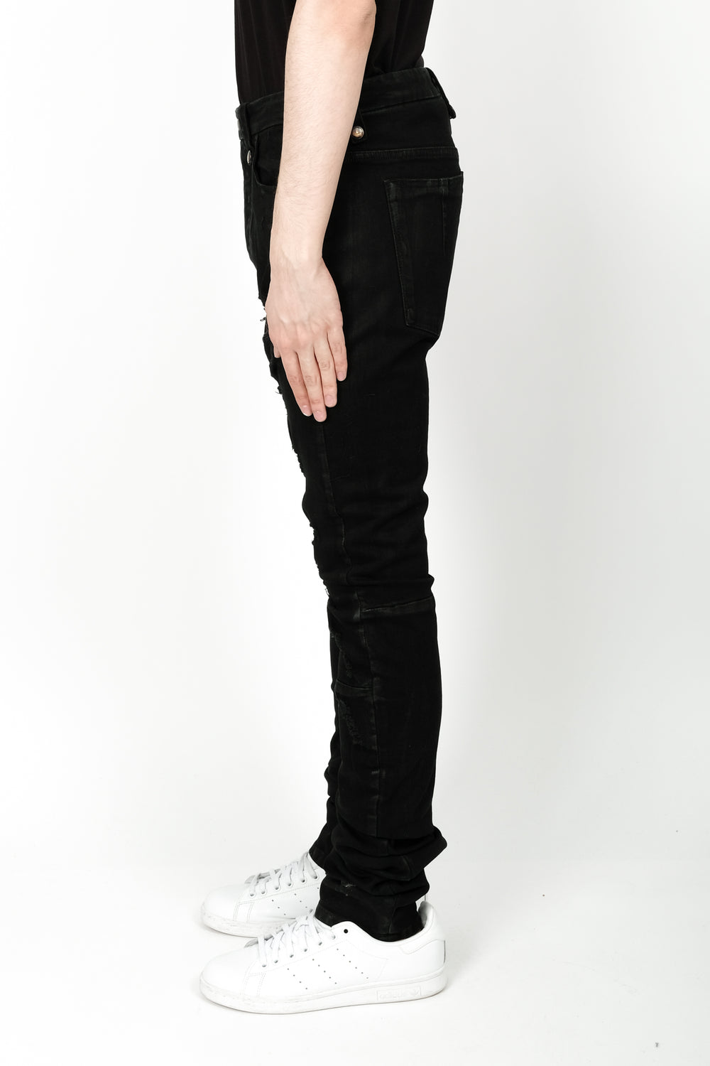 UNRAVEL Stretch Distprted 5 Pocket Denim In Black