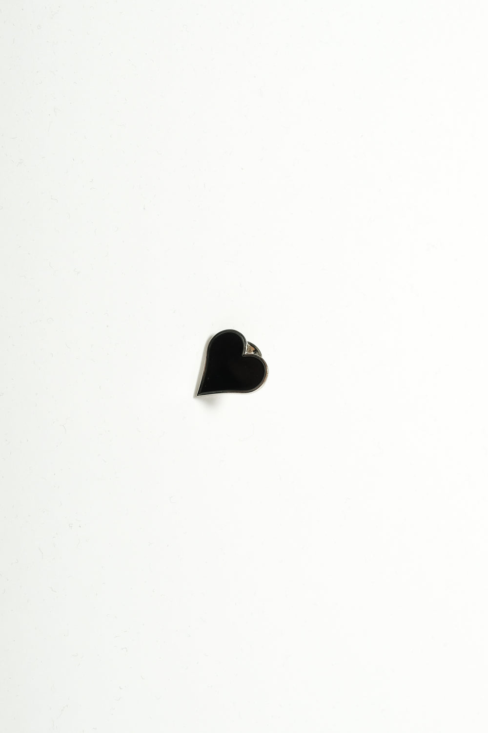 Luke Vicious Black Heart Pin