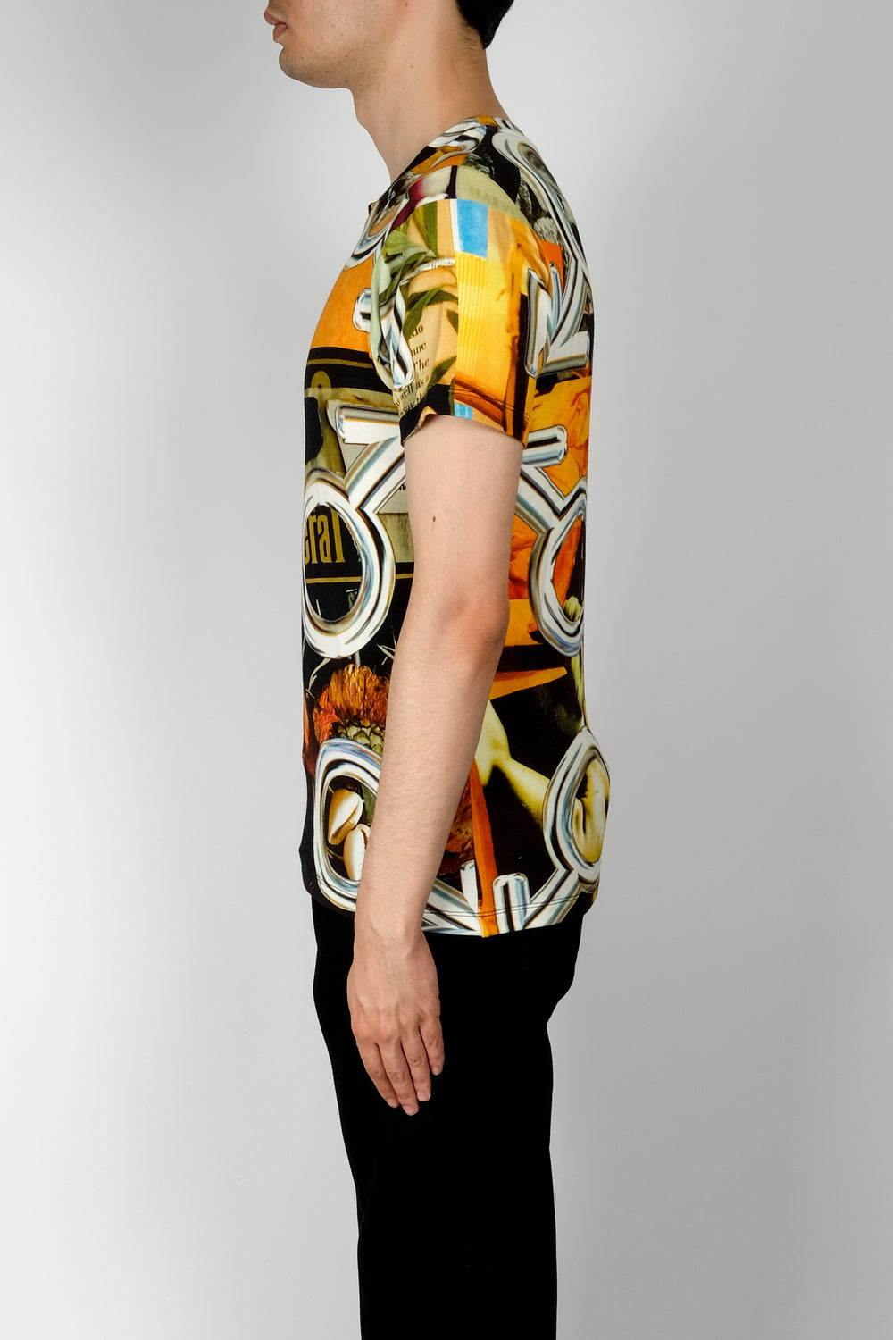Linder Julius V-Neck T-Shirt In Multi