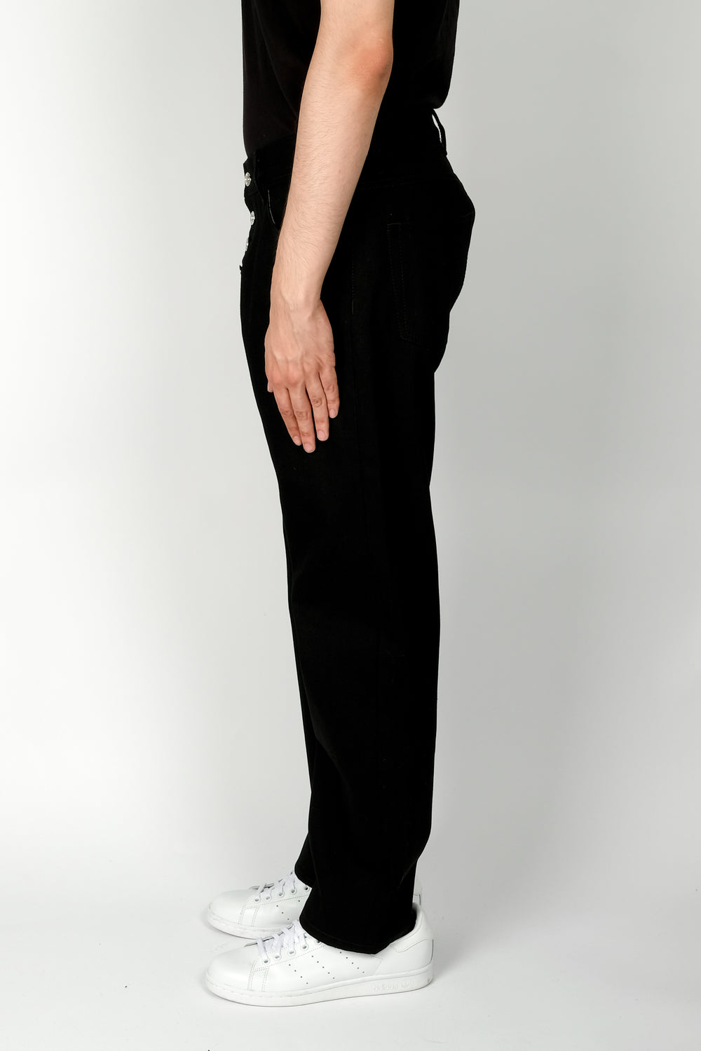 Linder Tube Exposed Shank Cropped Jean In Black