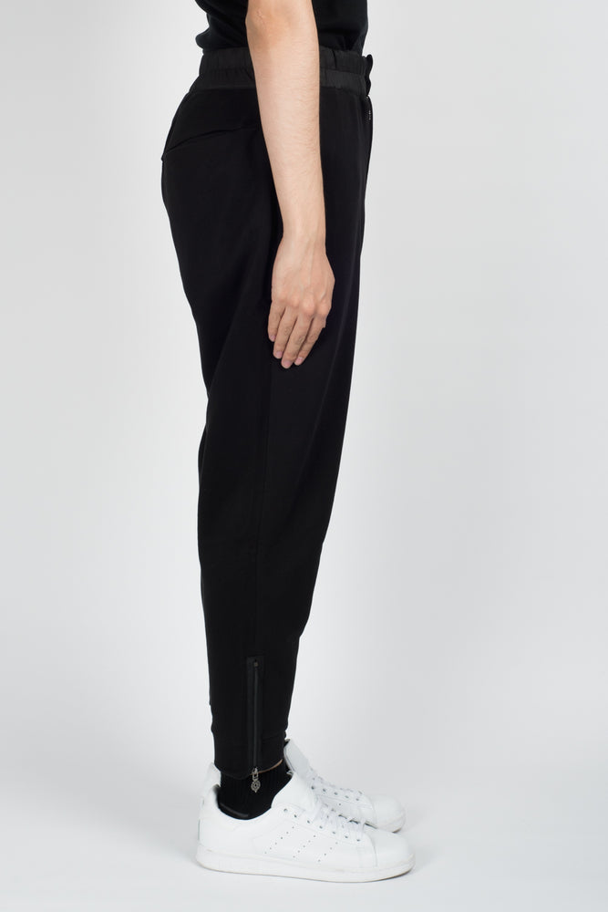 Les Benjamins Kabad Trousers In Black - CNTRBND