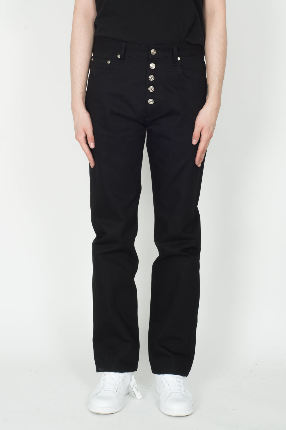 Linder Pipe Jean In Black