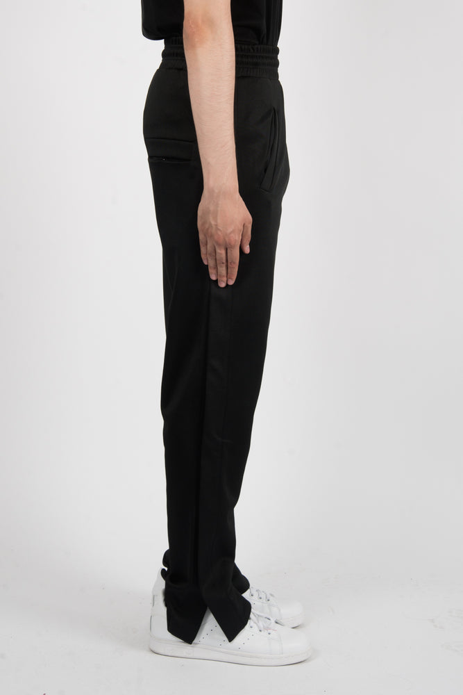 Marcelo Burlon Kenguen Pants In Black - CNTRBND