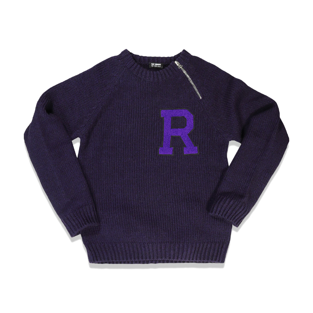 Letter Badge Raglan Sweater In Purple