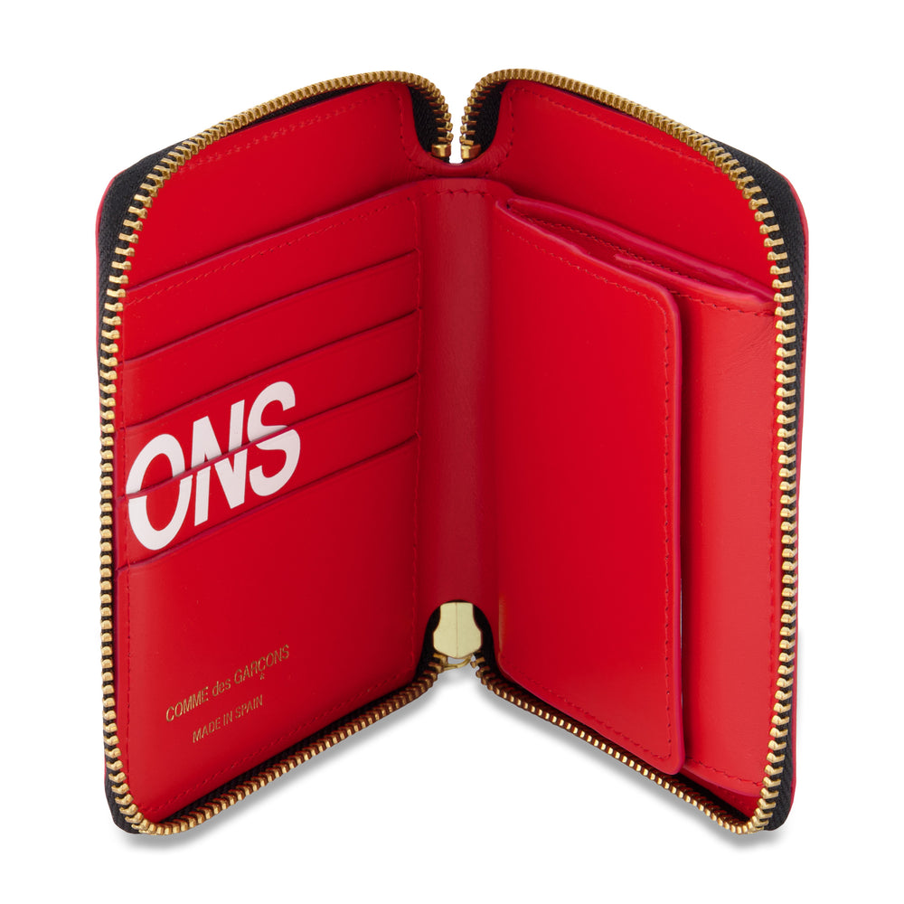 Big Logo Short Full Zip Wallet In Red