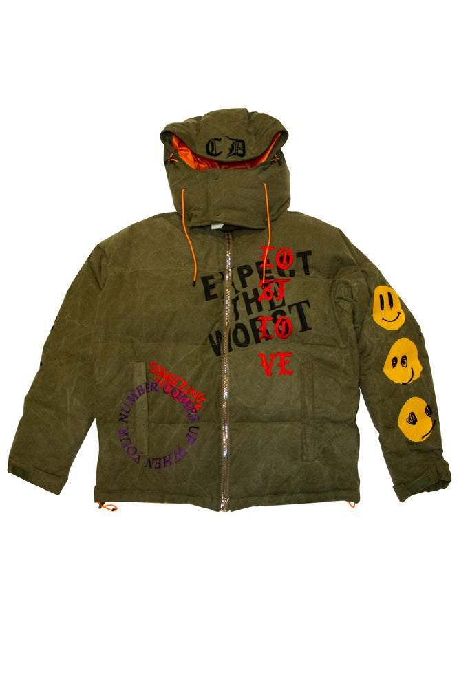Load image into Gallery viewer, READYMADE Cali Thornhill Dewitt Down Jacket In Green - CNTRBND