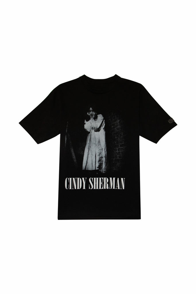 UNDERCOVER Cindy Sherman Woman In White T-Shirt In Black