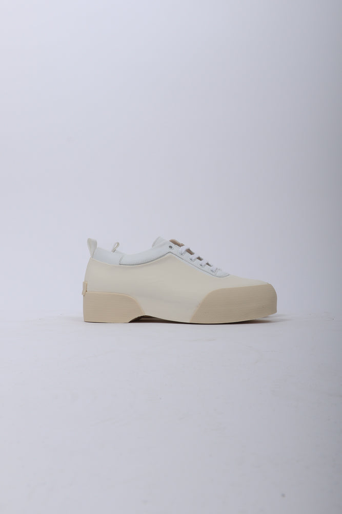 Dries Van Noten Lace Up Leather Shoe In White - CNTRBND