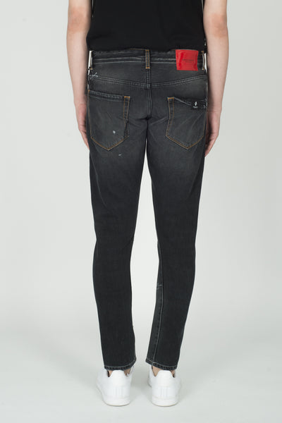 Marcelo Burlon Gothic Surfer Antifit Jeans In Vintage Wash