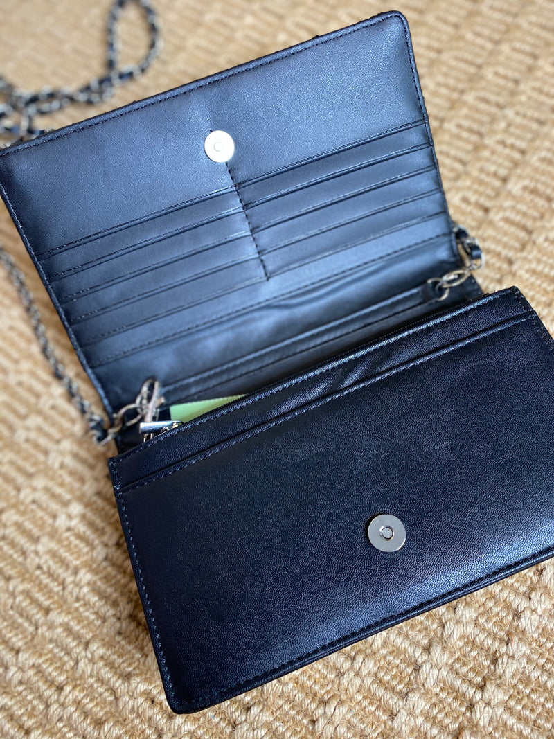 Well Traveled| Crossbody wallet