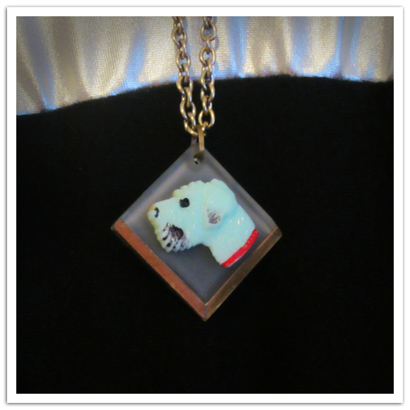 Homely_Creatures_necklace