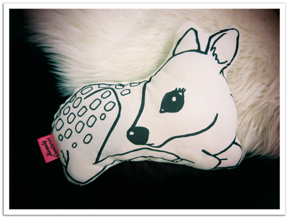 Homely_Creatures_Fawn_Cushion