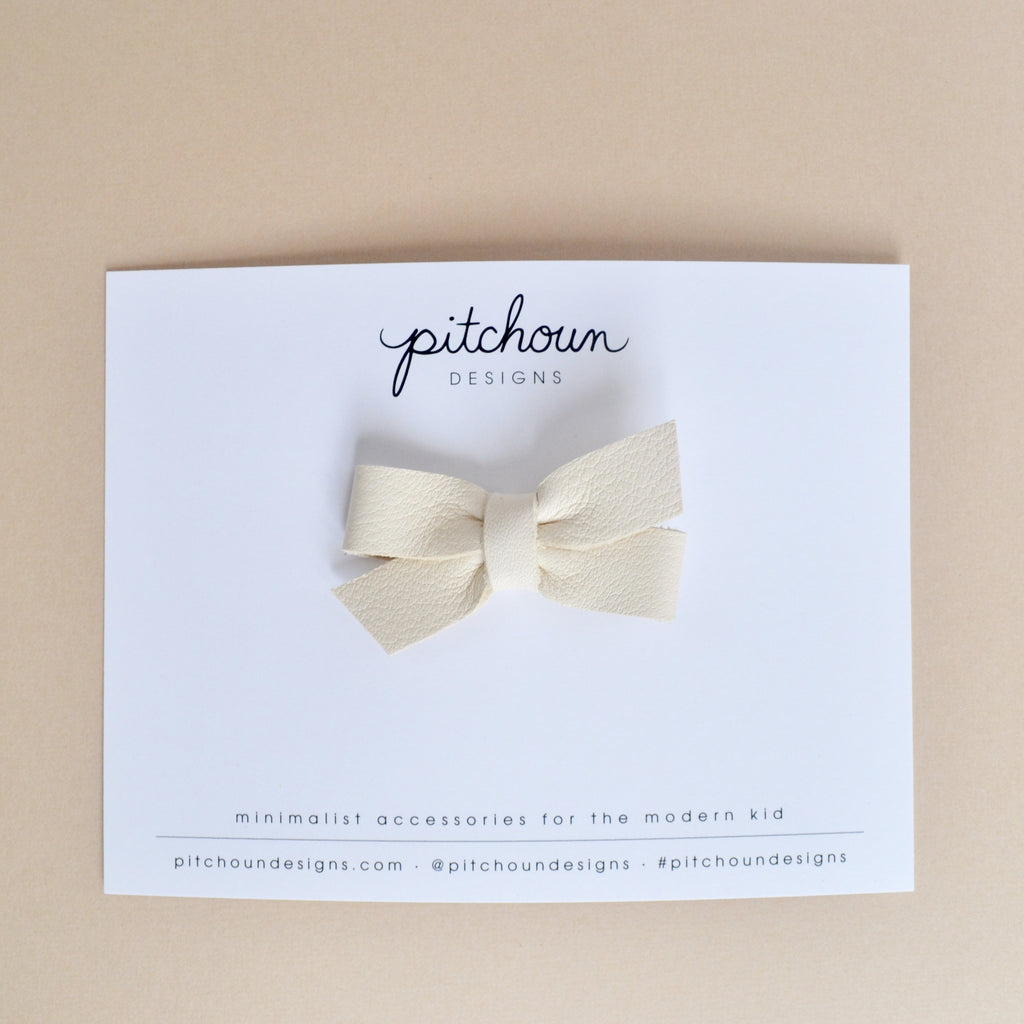 Petite Colette bow - (Ivory)