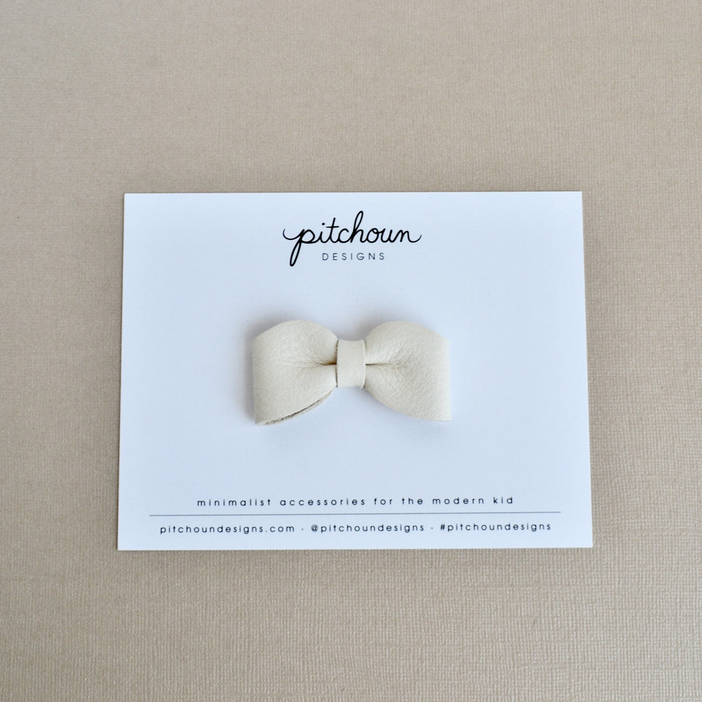Petite Charlotte bow - (Ivory)