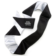 Fifty Shades Deluxe Blackout Blindfold