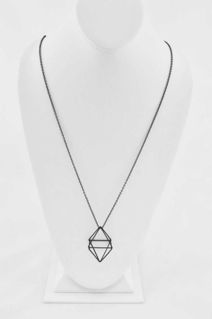 3-D rhombus shape geometric necklace in Black Matte finish. Features: link chain with the 3-D rhombus pendant.