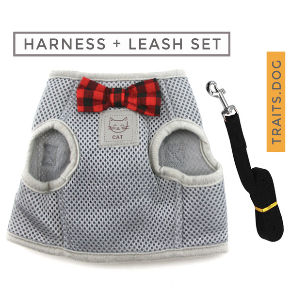 Extra soft mesh cat harness and leash set are designed for cats to distribute the pressure through the chest and shoulders, not on the neck.