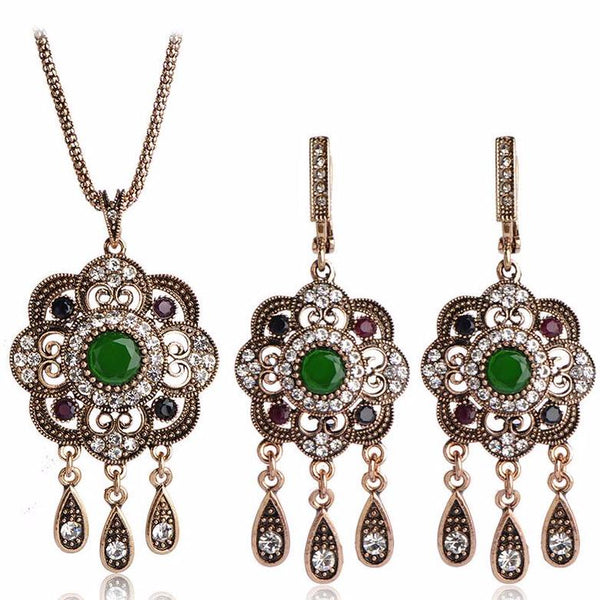 Bohemian Flower Pendant Necklace and Earrings Set