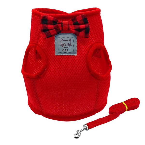 Extra soft mesh cat harness and leash set in red are designed for cats to distribute the pressure through the chest and shoulders, not on the neck.