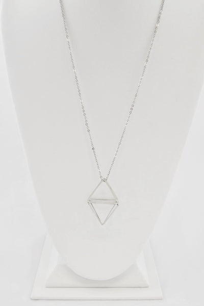 3-D rhombus shape geometric necklace in Silver Tone finish. Features: link chain with the 3-D rhombus pendant.