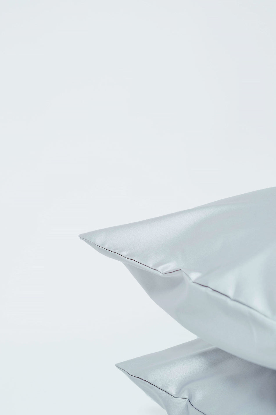 Silver | Silk Pillowcase