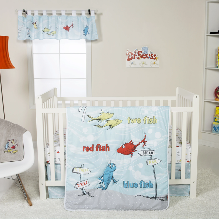 Dr. Seuss™ - One Fish Two Fish - 4 Piece Crib Bedding Set