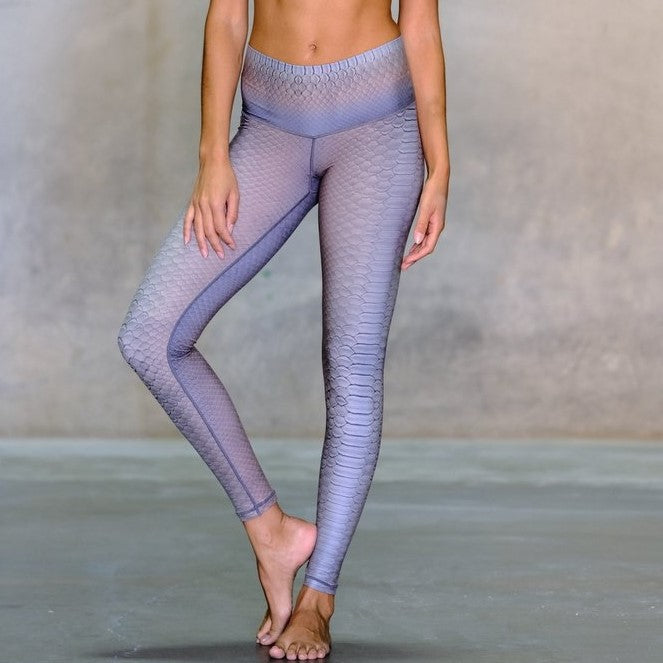 Diamond Back Fawn Barefoot Legging