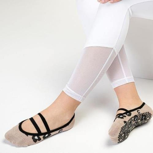 Move Active Ballet Grip Socks Cheetah Nude