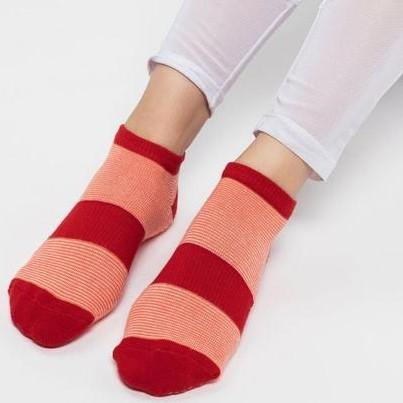 Move Active Classic Low Rise Coral Band Grip Socks