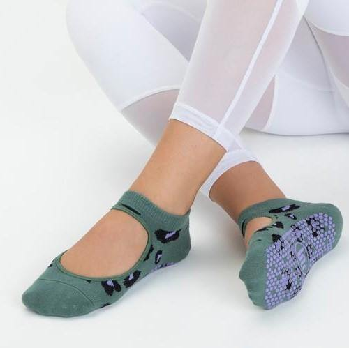 Slide On Grip Socks Cheetah Green