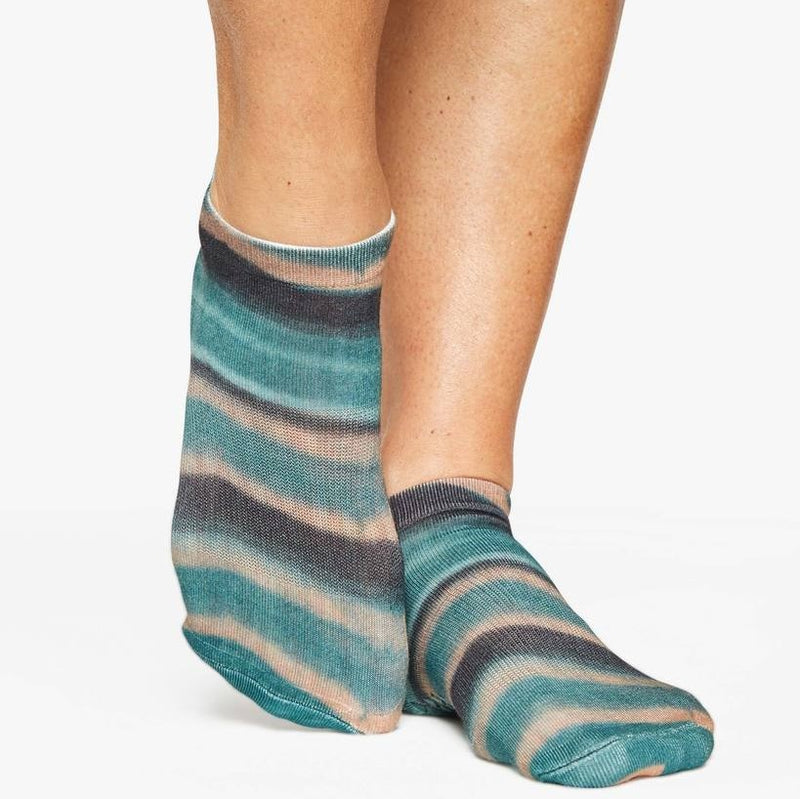 Pointe Studio Slab Grip Sock Dark Green